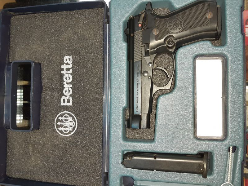 Продавам пистолет Beretta - кал. 9x17