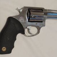 "Продавам револвер\"" Таурус\"" 38 special"